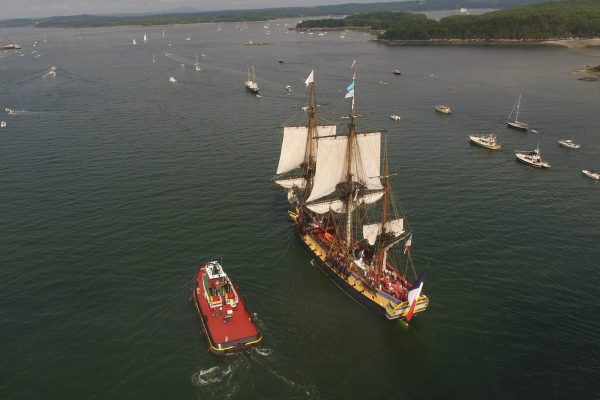 L'HERMIONE and FOURNIER TRACTOR on the way into Castine. Both vessels are equipped with Z drives. The Original L'HERMIONE came to Castine in 1780